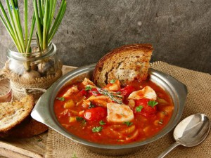 Рыбный суп по-итальянски
