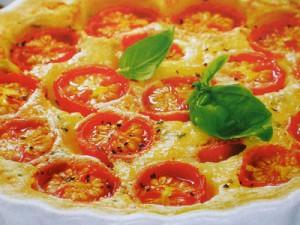 Пирог с помидорами черри и фетой