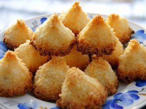 Кокосовые пирамидки