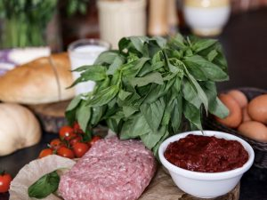 Тефтели с сыром и томатным соусом
