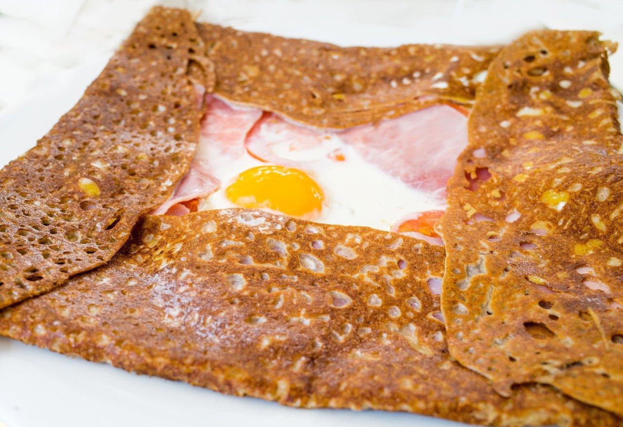 Блинный сэндвич «Крок Мадам» от Эктора Хименес-Браво