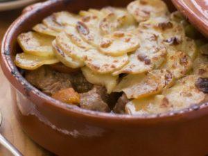 Говядина с картошкой в духовке