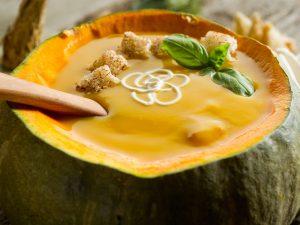 Сливочный крем-суп в тыкве