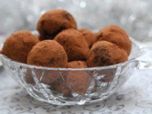 Бонбоны из кураги и кокоса