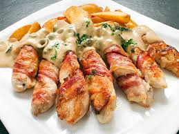 Как приготовить вкуснейшие блюда с курицы и бекона?