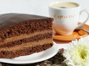 Торт «Пражский» со сгущенкой
