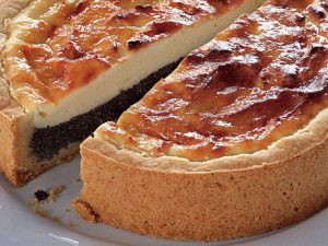 Творожный пирог с маком