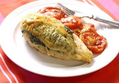 Куриные грудки с сыром рикотта и шпинатом