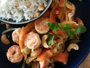 Креветки с морковью