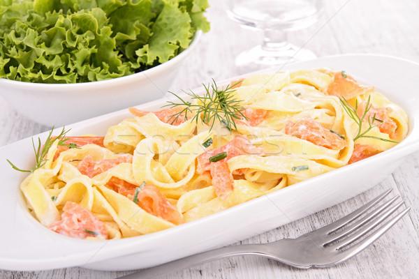 Паста с лососем и лимоном
