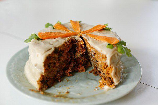 Вегетарианский морковный торт
