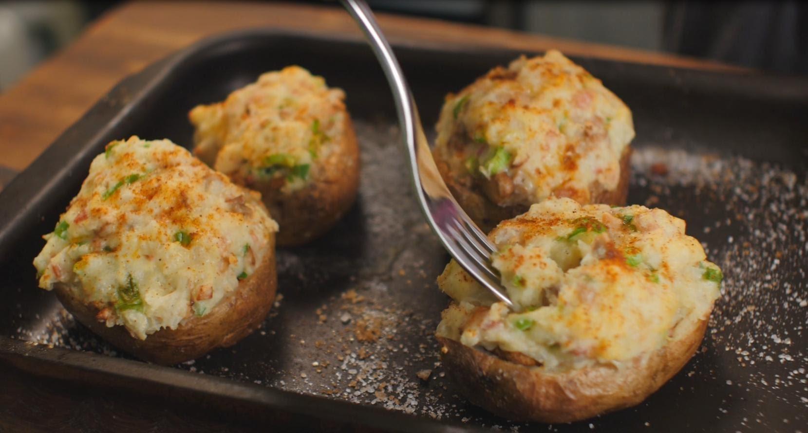 Картофель, фаршированный грибами и беконом
