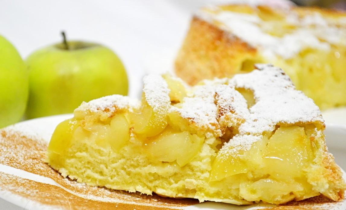 Рецепт шарлотки с яблоками простой