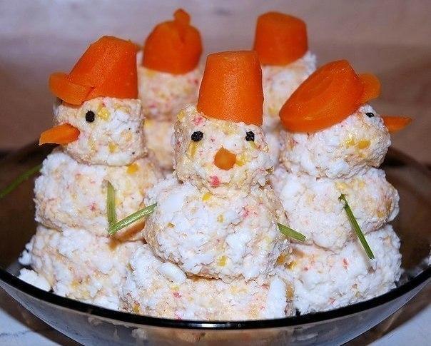 Закуска»крабовые снеговики»