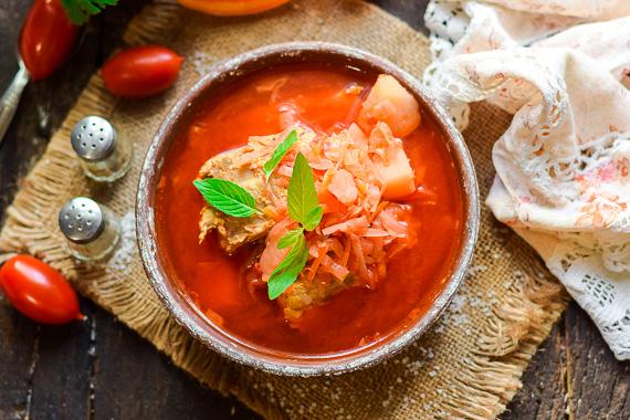 Готовим вкуснейший украинский борщ по классическому рецепту