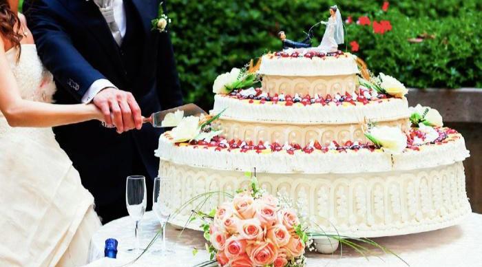 Торты на заказ: какой выбрать на свадьбу?