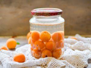 Рецепт приготовления абрикосового компота