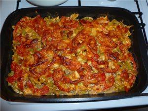 Мексиканская запеканка с индейкой и овощами