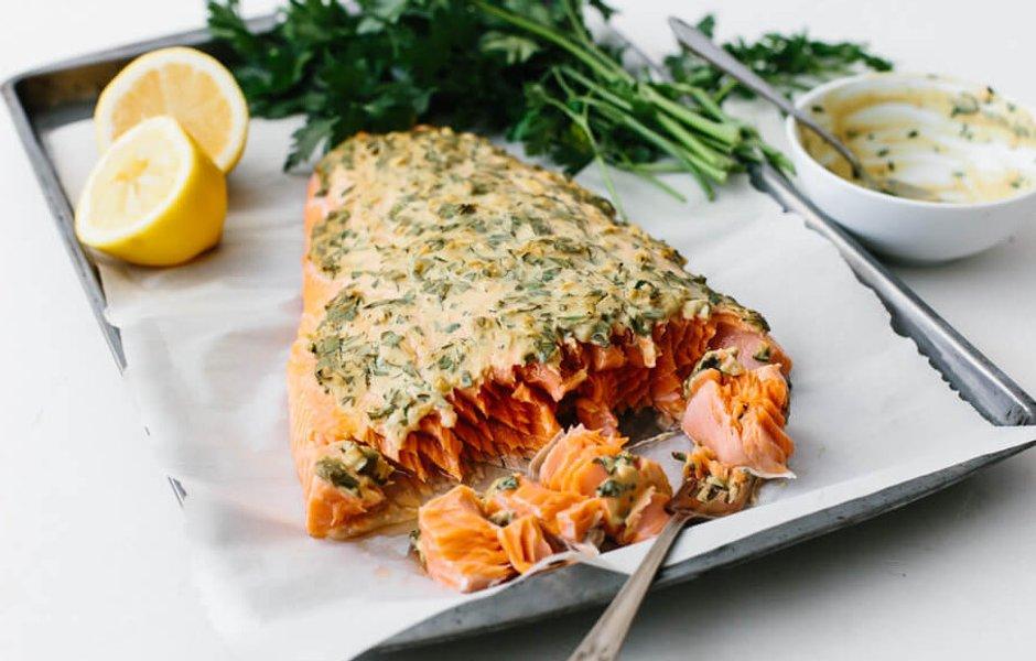 Запеченный лосось по-дижонски
