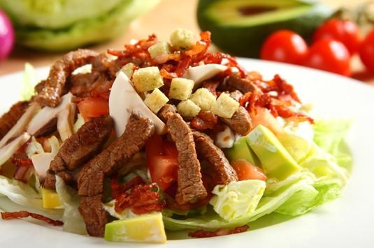 Мясной салат «Техас»