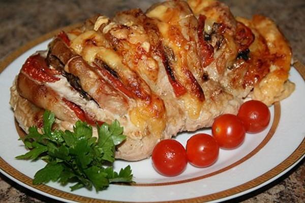 Куриные ножки с картофелем и грибами в духовке