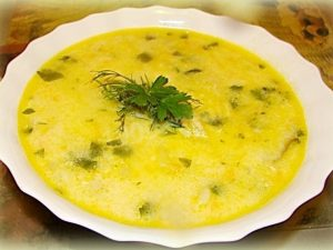 Суп с креветками и сыром «Нежный»