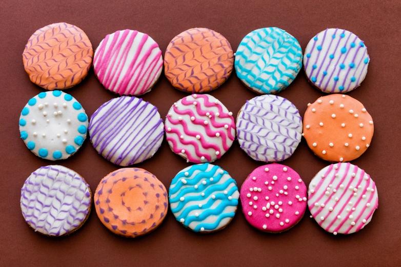 Простое разноцветное печенье