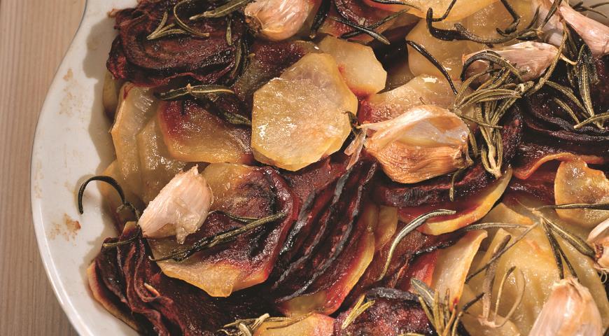 Гарнир из картофеля и свеклы