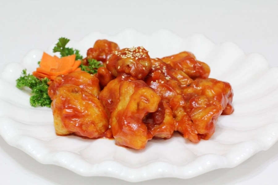 Курица в кляре и соусе