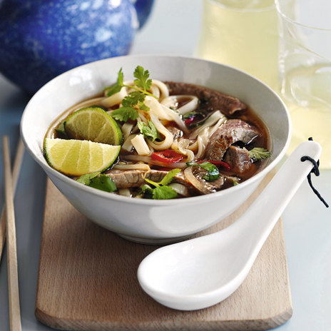 Острый и пряный вьетнамский суп Фо