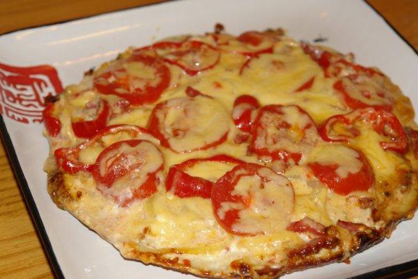 Вкуснейшая пицца на сковороде на скорую руку