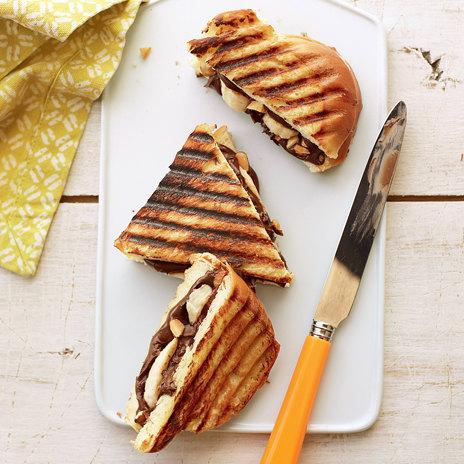 Сэндвичи с нутеллой и бананом