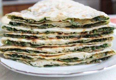 Армянская лепешка с зеленью