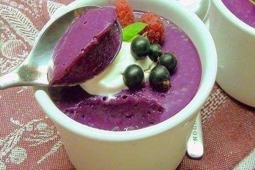 Десертное суфле из ягод со сгущенкой