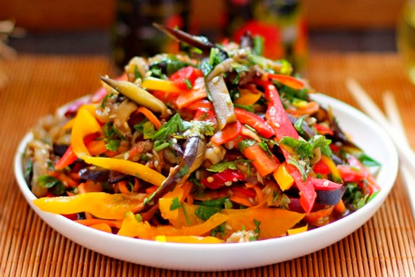 Овощной салат «Баклажаны по-корейски»