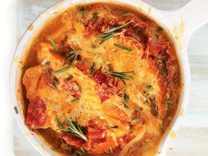 Луковый суп с беконом