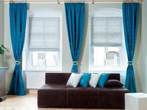 Как украсить окна шторами