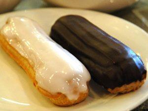 Эстетичная кафешка «Клер» с изысканными заварными пирожными