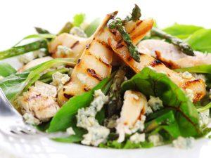 Спаржа: рецепт изысканного салата для романтического ужина