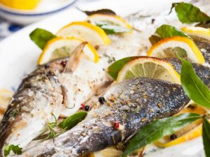 Кулинарный рецепт: Запеченная в духовке рыба дорадо
