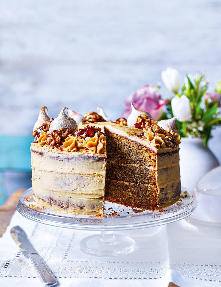 Кофейно-ореховый торт с меренгами