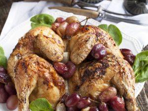 Новогоднее меню: курица с виноградом и имбирем