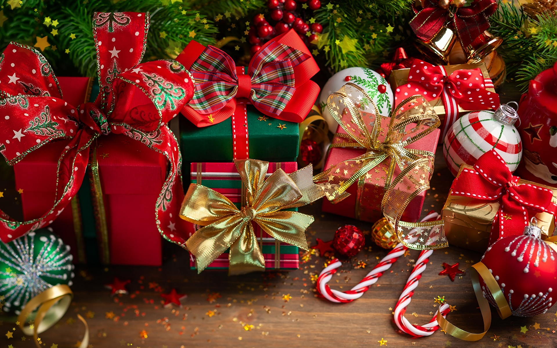 Как подойти к выбору праздничного подарка?