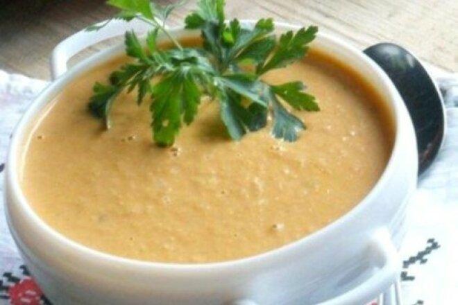Легенький сырный суп с копченостями