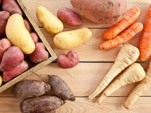 Простые блюда из корнеплодов: суп со свеклой