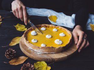 Сливовый пирог с миндальным штрейзелем