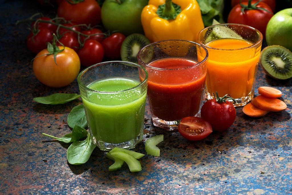 Как сделать вкусные и полезные свежевыжатые фруктовые соки