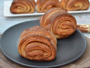 Финские булочки с корицей и кардамоном
