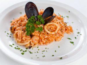 Ризотто с морепродуктами и сухим вином