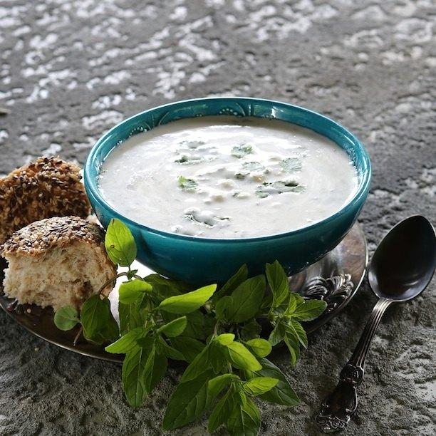 Довга — летний суп из мацони с пшеницей